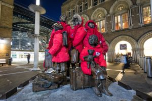 London statues wrap up to cut winter deaths